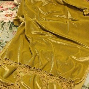 Gold Velveteen Fringed Wrap